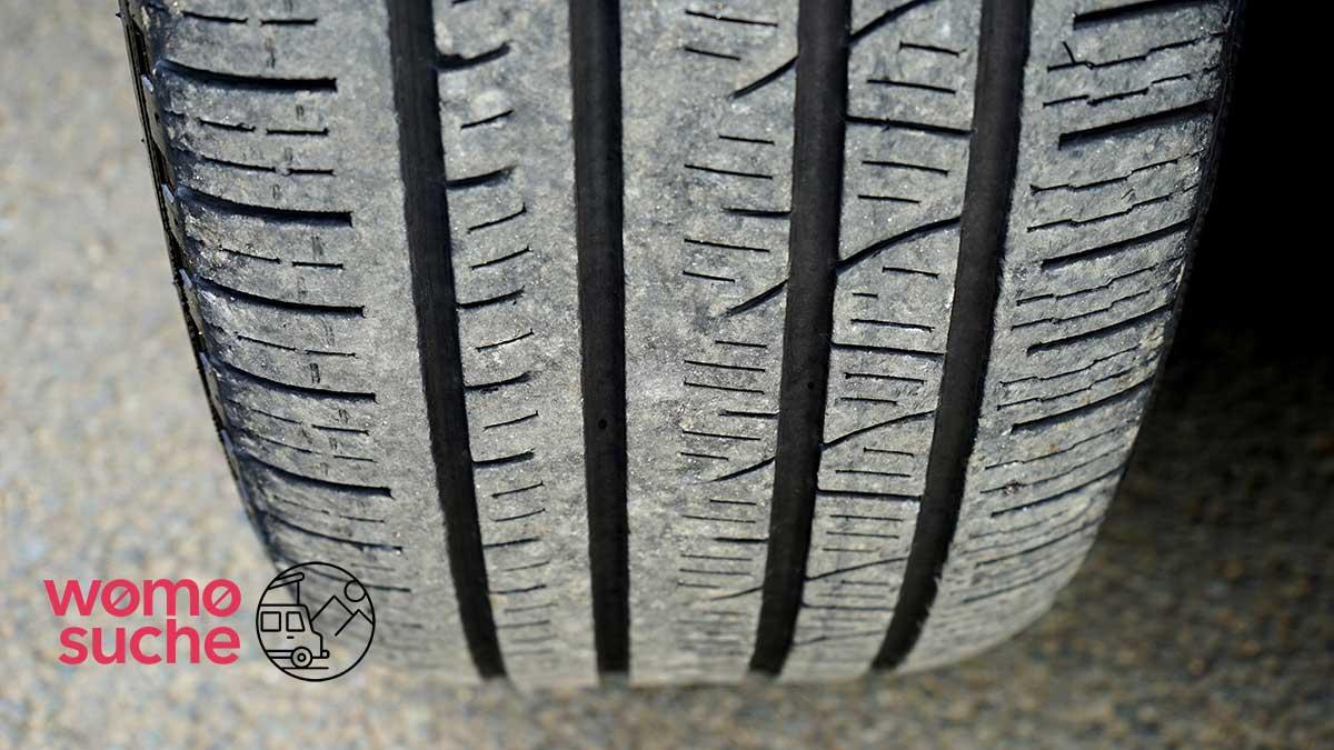 Standplatten an Reifen